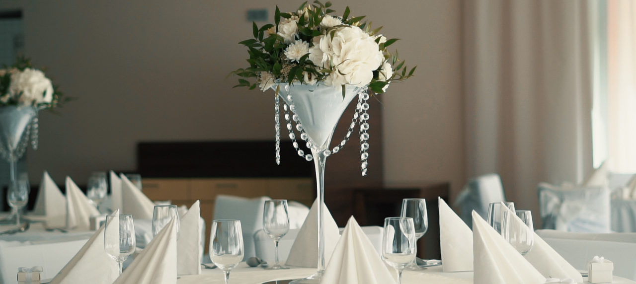 Mr. & Mrs. květiny a dekorace - Lesní hotel Zlín